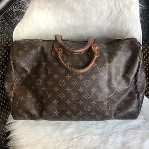 Authentic Louis Vuitton Speedy 40 Monogram